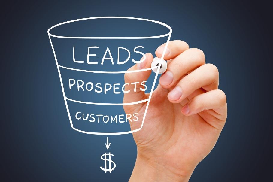lead vs prospect vs customer