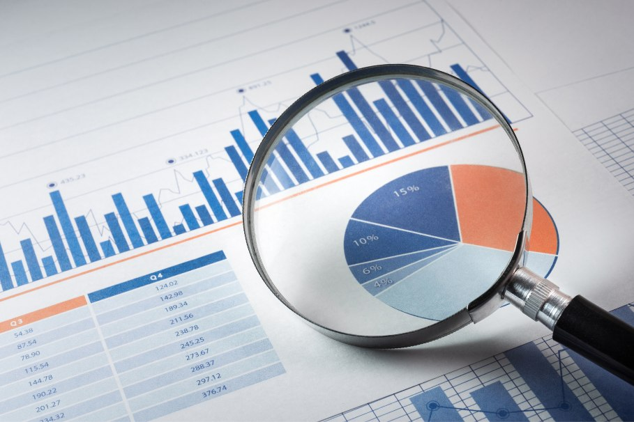 market research pie chart and info bars